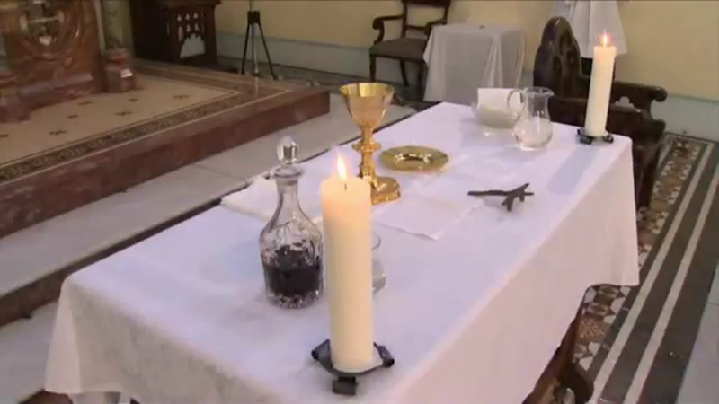 Preparing the Church for Mass